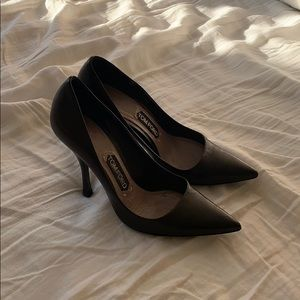 Gorgeous Tom Ford pumps!